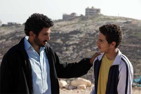 Tsahi Halevi as Razi, Shadi Mar'i as Sanfur in 'Bethlehem'