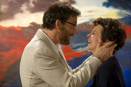 Clive Owen as Jack Marcus, Juliette Binoche as Dina Delsanto in 'Words and Pictures'