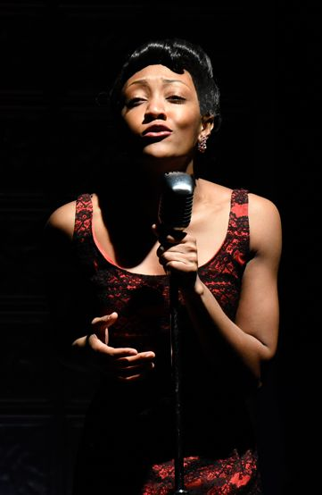 Tyla Collier as the Music Hall Singer in 'Violet'