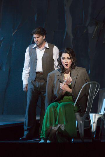 Alex Richardson as Werther, Sandra Piques Eddy as Charlotte in 'Werther'
