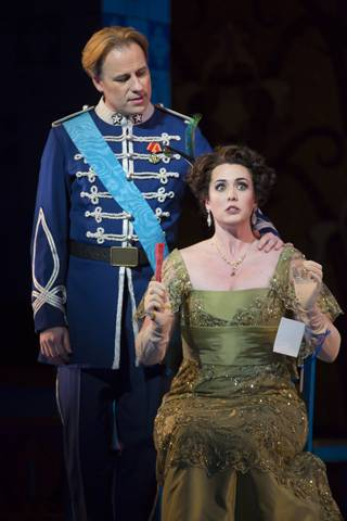 John Tessier as Camille de Rosillon, Chelsea Basler as Valencienne Zeta in 'The Merry Widow'