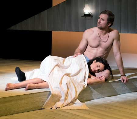Jennifer Ellis as Francesca, Christiaan Smith as Robert in 'The Bridges of Madison County'