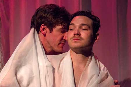 Dan Whelton as Valmont, Eddie Shields as Tourvel in