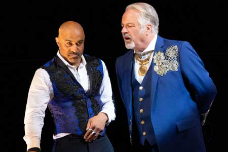 Faran Tahir as Richard III, Fred Sullivan, Jr. as Buckingham in 'Richard III'