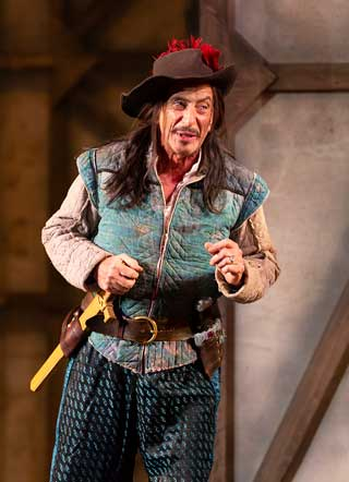 Will LeBow as Player in 'Rosencrantz and Guildenstern Are Dead'