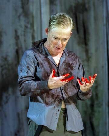 Allyn Burrows as Macbeth